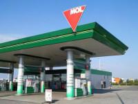 Benzinová stanice MOL