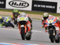 #35 Cal Crutchlow, LCR Honda a #29 Andrea Iannone, Ducati Team, HJC Helmets Grand Prix České republiky