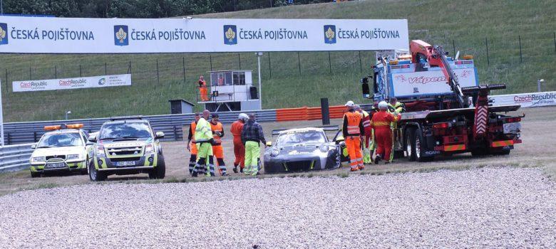 Marcel Jedlinski (PL) Porsche GT3 R - Olimp Racing nedokončil po souboji s Wagnerem - FIA Zone CE Most 2017 by VDR
