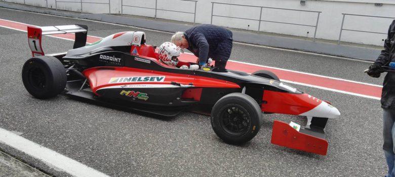 Petr Zelenka - formel Renault 2,0 foto HKC Racing