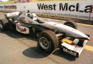 David Coulthartd McLaren v Mostě TZ