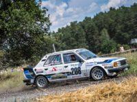 Enge Tomáš a Engeová Lucie při historických rallye na voze Škoda 130 LR