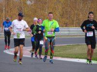 Účastníci půlmaratonu