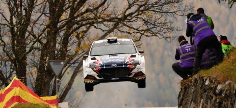 Posádka Ondřej Bisaha – Petr Těšínský, Hyundai i20 R5, Hyundai Lenner Sport