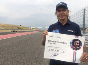 Emerson Fittipaldi, dvojnásobný šampion formule 1 z let 1972 a 1974, si zajel svůj nejlepší čas s truckem Buggyra.