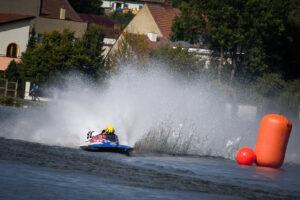 #98 LOUKOTKA David (CZE), 1. závodní jízda F250, UIM – mistrovství světa člunů Jedovnice 2020 (Milan Spurný)