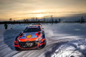 Ott Tänak, Martin Järveoja, EST, Hyundai i20 Coupe WRC, Arctic Rally Finsko 2021 (foto: Media Hyundai Motorsport)